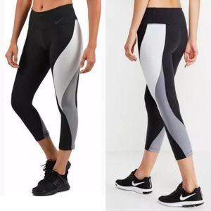 Nike Power Legend Training Crop Legging Colorblock